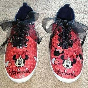 Minnie Mouse custom shoes